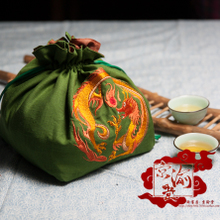 Symbol of Beijing chongqing hall dunhuang algal tattoo machine embroidery 17 cm single rice dumplings bag aslant to fox python