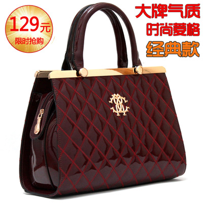 2014 new winter fashion handbags trend in Europe and America Quilted Shoulder Messenger bag retro handbags