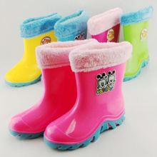 Package mail Papua beans candy color male and female children's rain boots Comes with a cotton padded covering non-slip rubber soft bottom water shoes