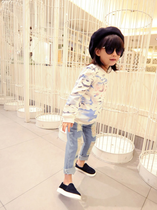 [Girl] Petty Kids exclusive custom soft breathable gas field full letter sweater T shirt printing BZ-521