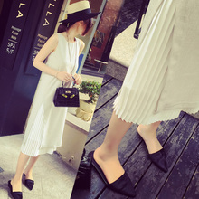 In the summer of 2015 the new western style independent design in Europe and the literary wind pleated double stitching level off two dresses