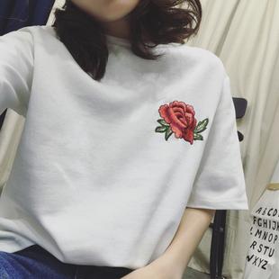 T恤女夏装新款韩版原宿风bf宽松大码刺绣玫瑰学生体恤半袖上衣服