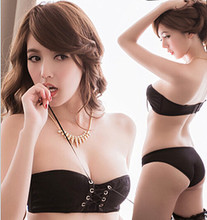 Sexy, Japan and South Korea is a critical model of beautiful bosom exposed breast lace bind personality girl bra underwear gather suit temptation