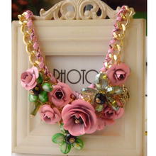 Package mail summer European and American big flower adornment short chain necklace female exaggerated retro sweet restoring ancient ways is South Korea