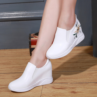 2018春秋季内增高女鞋坡跟真皮百搭单鞋一脚蹬小白鞋