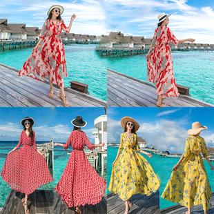 波西米亚中袖连衣裙女夏2018沙滩裙巴厘岛海边度假v领长裙仙