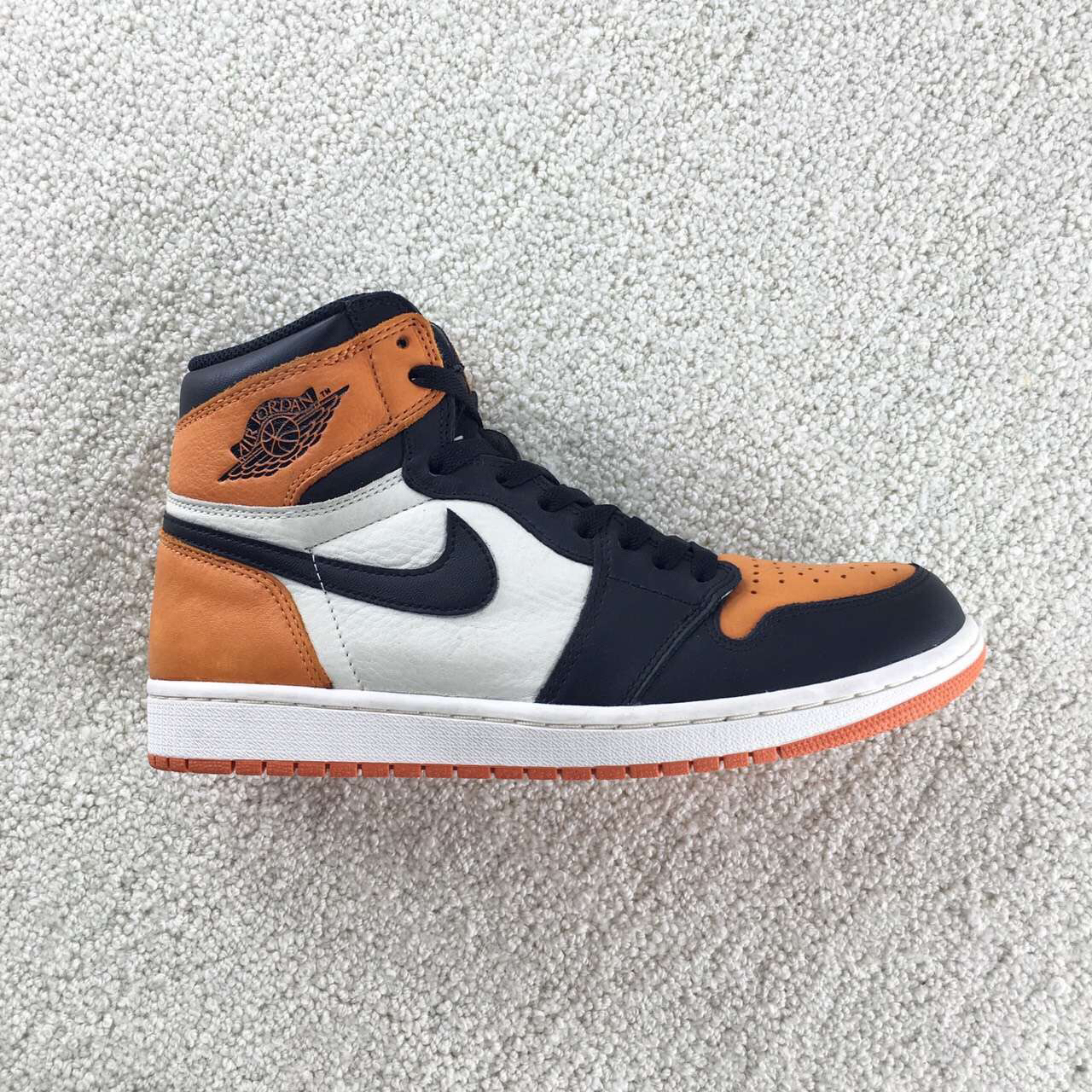AJ1 Retro OG Shattered Backboar乔1 扣碎篮板篮球鞋 555088-005