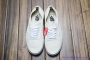  VANS ERA AUTHENTIC  ?