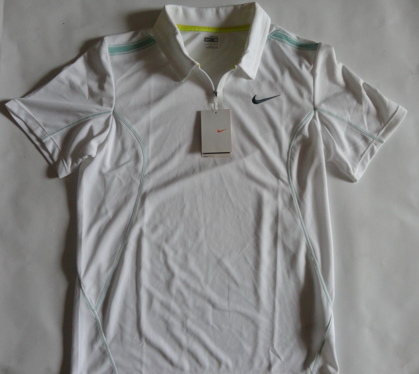 Спортивная футболка Nike 334116/100 TENNIS 334116