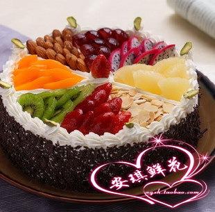 水果蛋糕卷装饰_