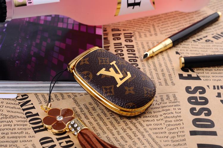 Dien thoai Louis Vuitton LV M9 mini nap bat sang trong