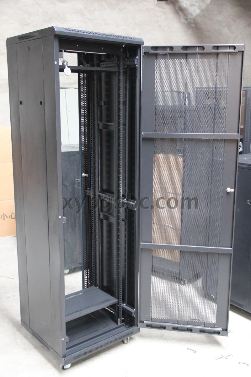 шкаф телекоммуникационный Xinyang  42U 600*600